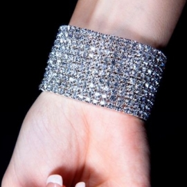 Bracelet Gothique Strass 10 rangs