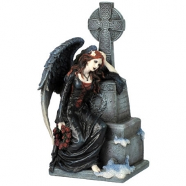 figurine ange gothique despairing heart