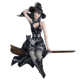 figurine de sorciere celene night witch